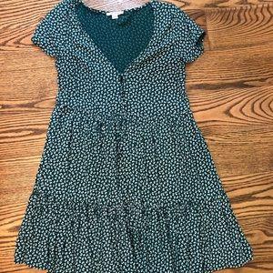 emerald green shift dress